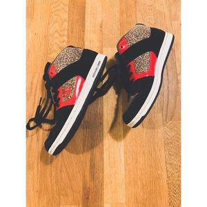 NWOT DC Shoes